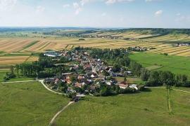 Kopernia, wieś leżąca na zachód od Pińczowa
